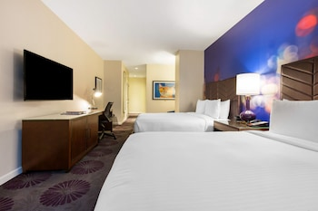 Deluxe Room, Multiple Beds, Accessible (Plaza)