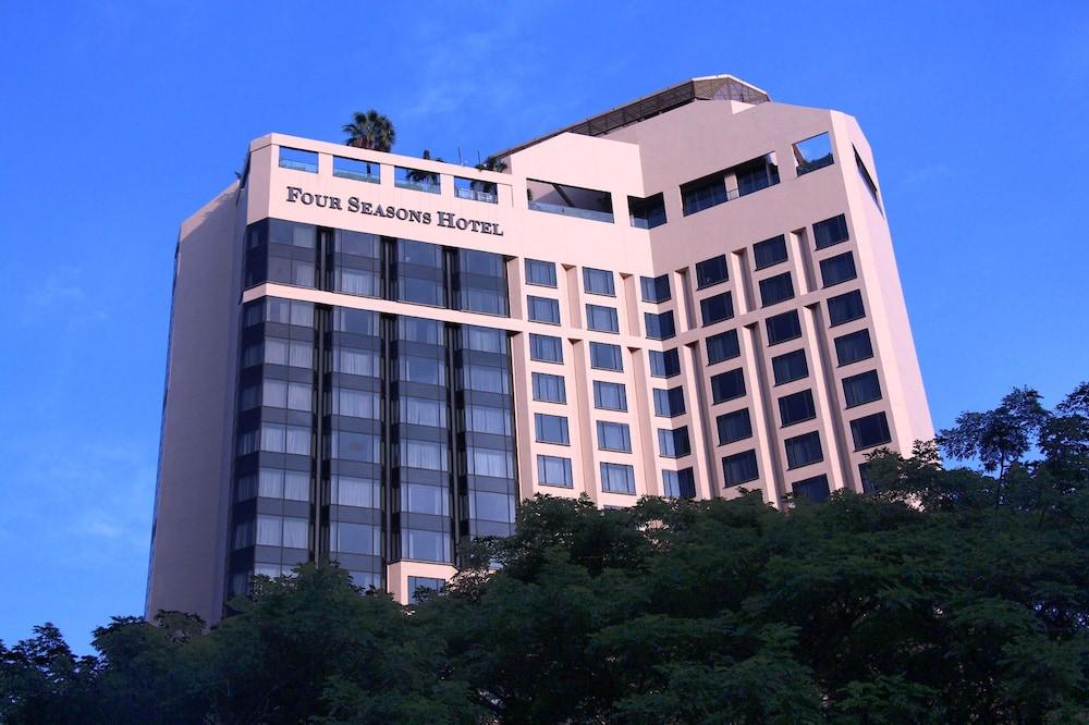 フォー シーズンズ ホテル シンガポール (SG クリーン)