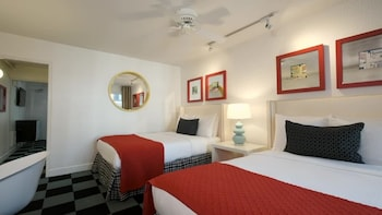 Family Suite, 2 Double Beds with Sofa Bed
