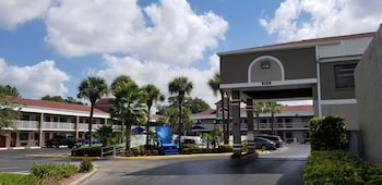 Hotel South Tampa & Suites photo