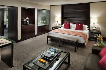 Deluxe Club Room, 1 King Bed