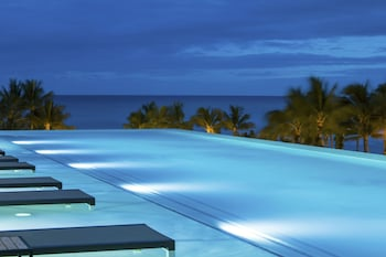 アロヒラニリゾートワイキキビーチ