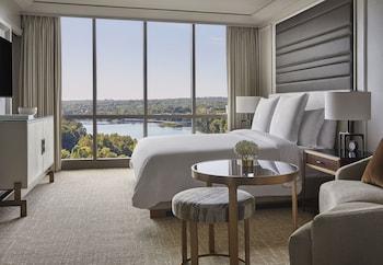 Suite, 1 Bedroom, Lake View