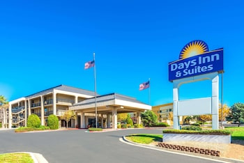 北阿布奎基溫德姆戴斯套房飯店 Days Inn & Suites by Wyndham Albuquerque North