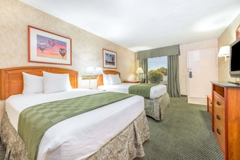 Suite, 2 Double Beds, Accessible, Non Smoking (One-Bedroom)