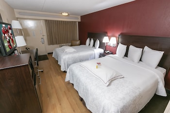 Premium Room, 2 Double Beds (Upgraded Bedding & Snack, Smoke Free)