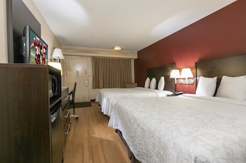 Deluxe Room, 2 Double Beds (Smoke-Free)