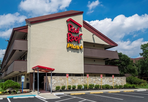 . Red Roof Inn PLUS+ Secaucus - Meadowlands - NYC