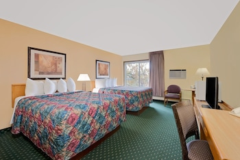 Days Inn by Wyndham International Falls photo