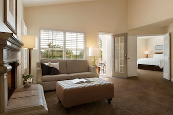 Suite, 1 King Bed with Sofa bed, Non Smoking (Casita Suite)