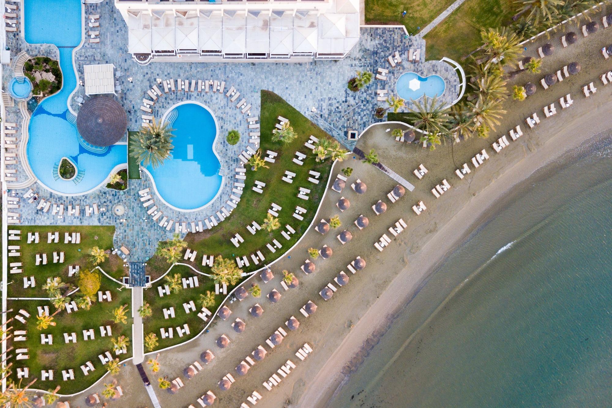 Golden Tulip Golden Bay Beach Hotel,