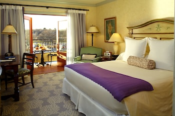 Executive Room, Town View