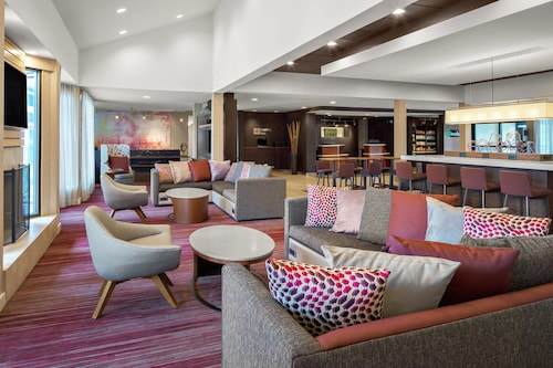 . Courtyard by Marriott Pittsburgh Airport