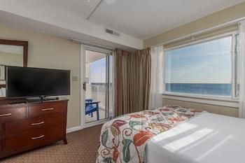 Family Condo, 2 Bedrooms, Oceanfront