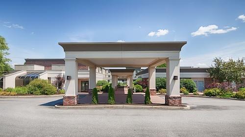 . Best Western Plus Waterville Grand Hotel