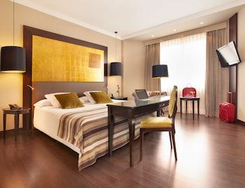 Ayre Hotel Astoria Palace trip planner