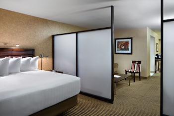 Guestroom at Hyatt Regency DFW in Dallas