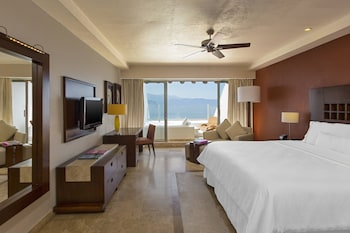 Room, 1 King Bed, Non Smoking, Ocean View