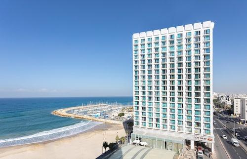 . Crowne Plaza Tel Aviv Beach