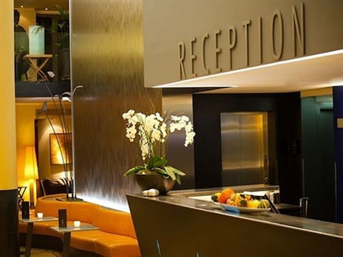 . Central Plaza Hotel
