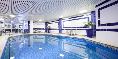. Mercure Swansea Hotel