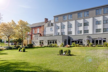 Hotel - Best Western Plus Manchester Airport Wilmslow Pinewood Hotel