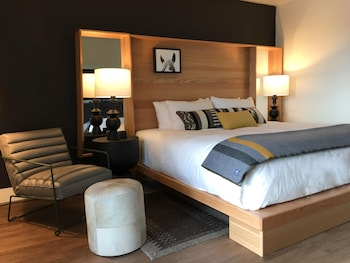 Hotel - The Inn at Jackson Hole