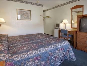 Guestroom photo