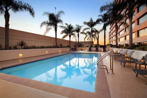 . The Westin Los Angeles Airport