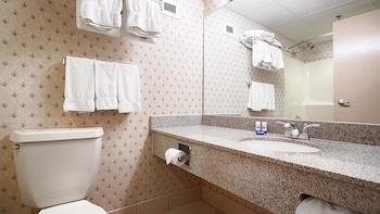 Best Western Saranac Lake - Bathroom  - #0