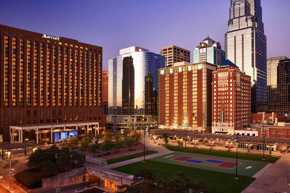 Photo of the Kansas City Marriott Downtown in Kansas City, Missouri