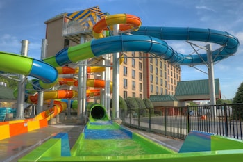 Hotel - Country Cascades Waterpark Resort