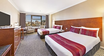 Standard Twin Room, 2 Double Beds, City View