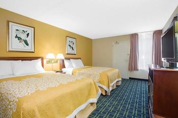 Room, 2 Queen Beds, Non Smoking (Third Floor)