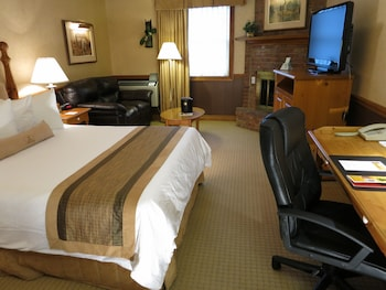 Standard Room, 1 Queen Bed, Non Smoking, Fireplace
