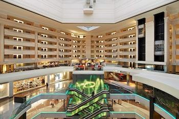 華盛頓特區切維切斯帕維隆希爾頓大使套房飯店 Embassy Suites by Hilton Washington DC Chevy Chase Pavilion