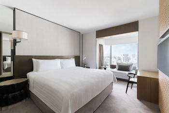 Tower Wing, Deluxe Room, 1 King Bed