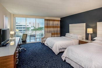 Room, 2 Double Beds, River View