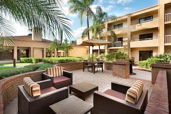 珊瑚角邁爾斯堡萬怡飯店 Courtyard by Marriott Fort Myers Cape Coral