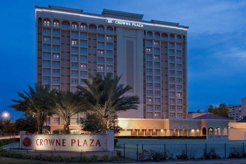 . Crowne Plaza Orlando - Downtown