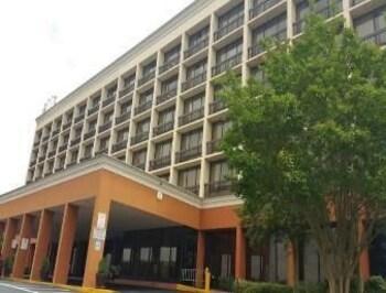 亞特蘭大機場豪生飯店