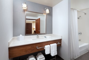 Four Points by Sheraton San Jose Airport - Bathroom  - #0