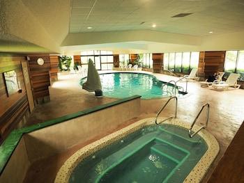 Hotel - Evergreen Resort