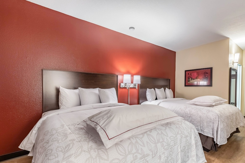 Deluxe Room, 1 King Bed, Accessible (Smoke Free)
