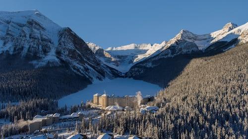 . Fairmont Chateau Lake Louise