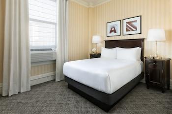 Standard, One Queen Bed