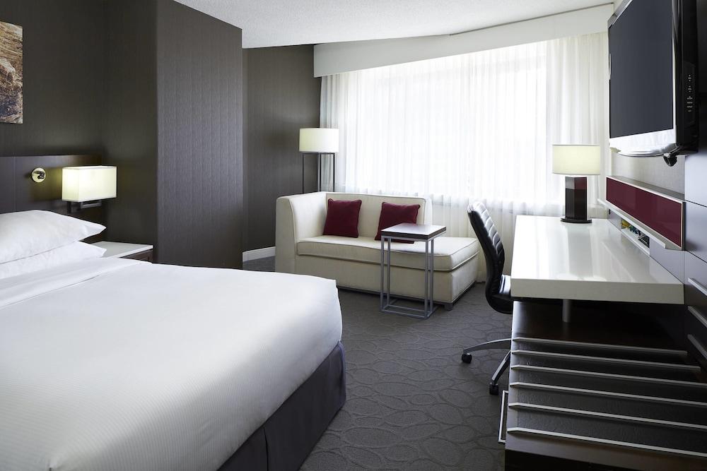 https://i.travelapi.com/hotels/1000000/30000/22600/22531/cc1a0770_z.jpg