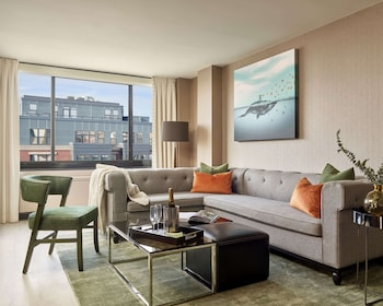 Viceroy Accessible King Suite