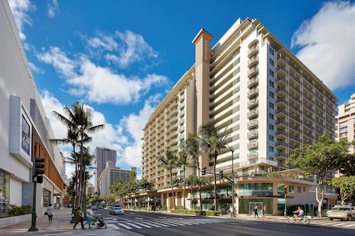 __{offers.Best_flights}__ Hilton Garden Inn Waikiki Beach
