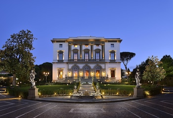 Hotel - Villa Cora